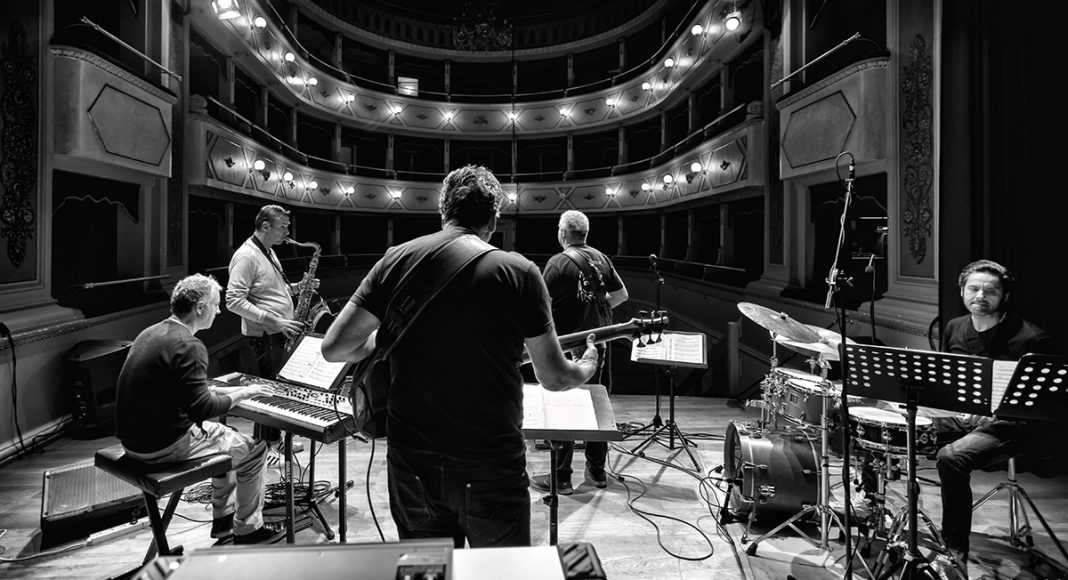 Luca di Luzio Jimmy Haslip Quintet 005
