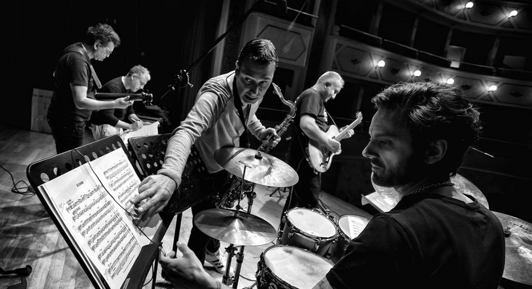 Luca di Luzio Jimmy Haslip Quintet 023